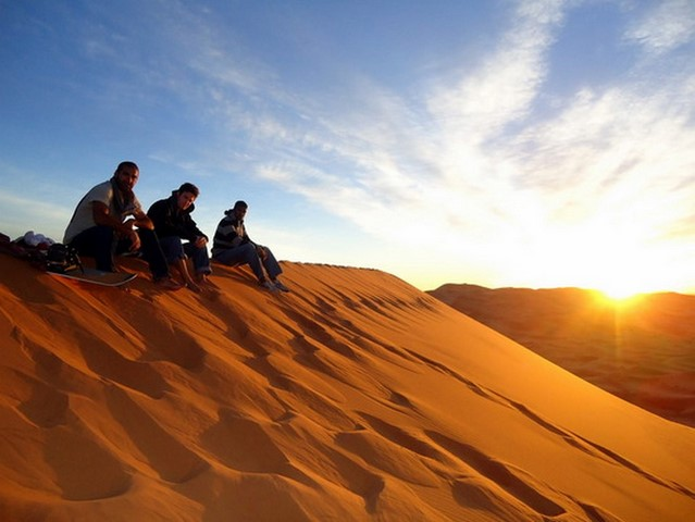 5 Days Tour From Casablanca to Fes and Merzouga Desert