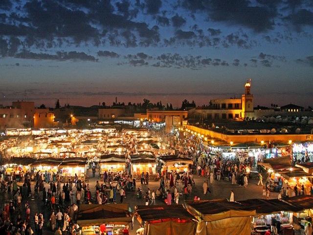4 Days Trip From Marrakech to Merzouga Desert Ending in Fes